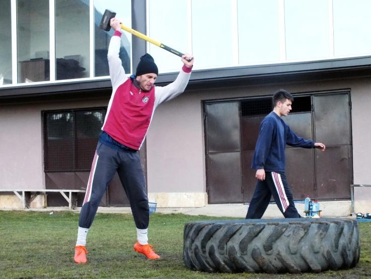 На кондициски тренинг со фудбалерите на Силекс (ФОТО)