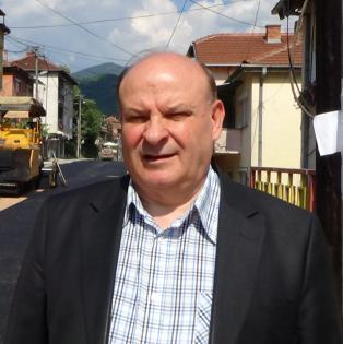 Лекарот Љупчо Бојаџиев ќе го предизвика Мите Андоновски во трката за градоначалник на Кратово